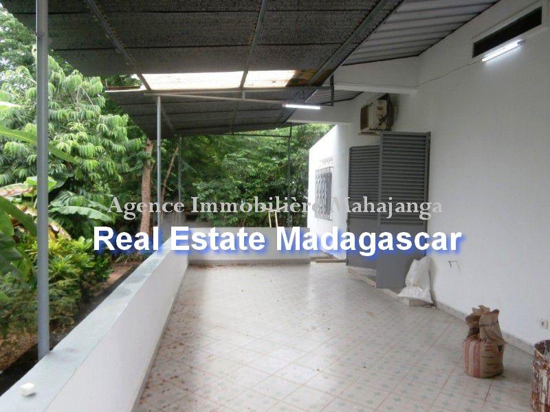 rent-sale-villa-mahajanga-2.jpg