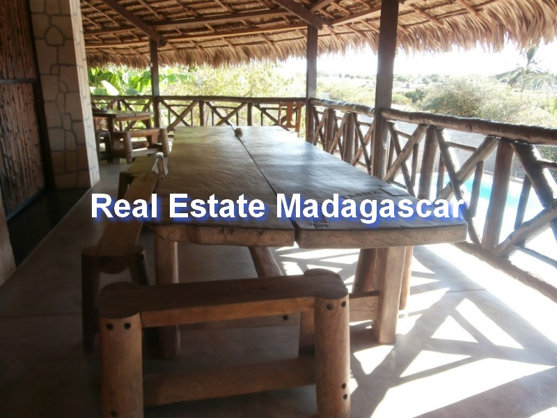 sale-furnished-villa-mahajanga-3.jpg