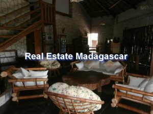 sale-furnished-villa-mahajanga-4.jpg