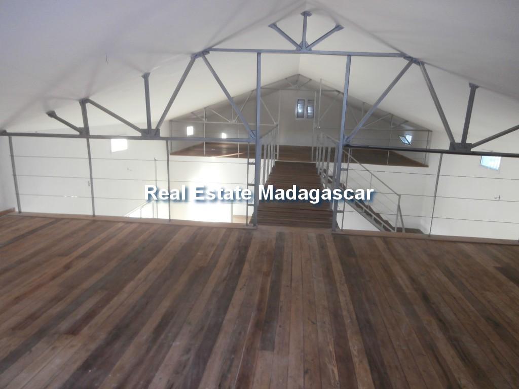amborovy-mahajanga-villa-rental-mada-4.jpg