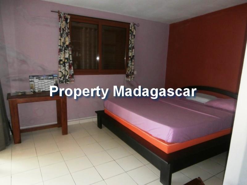 houses-for-sale-mahajanga-3.jpg