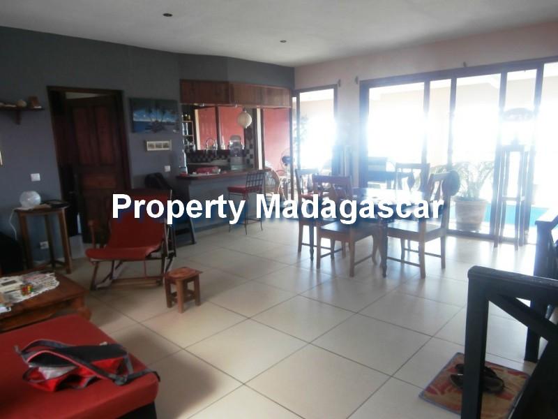 houses-for-sale-mahajanga-5.jpg