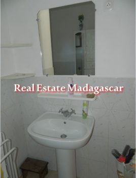 apartment-diego-suarez-rent-13.jpg