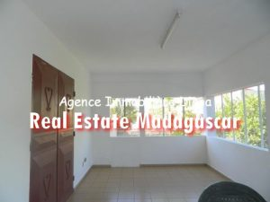 apartment-diego-suarez-rent-3.jpg