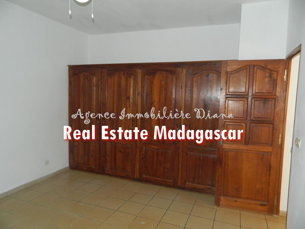 apartment-diego-suarez-rent-9.jpg