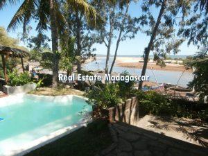 holidays-mahajanga-villa-rental-1.jpg