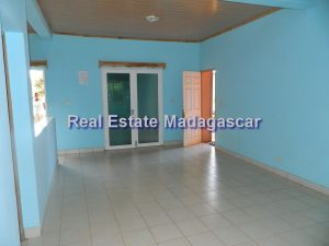 rental-villa-arrachard-diego-airport-1.jpg