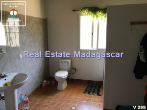 villa-for-sale-quality-environment-3.jpg