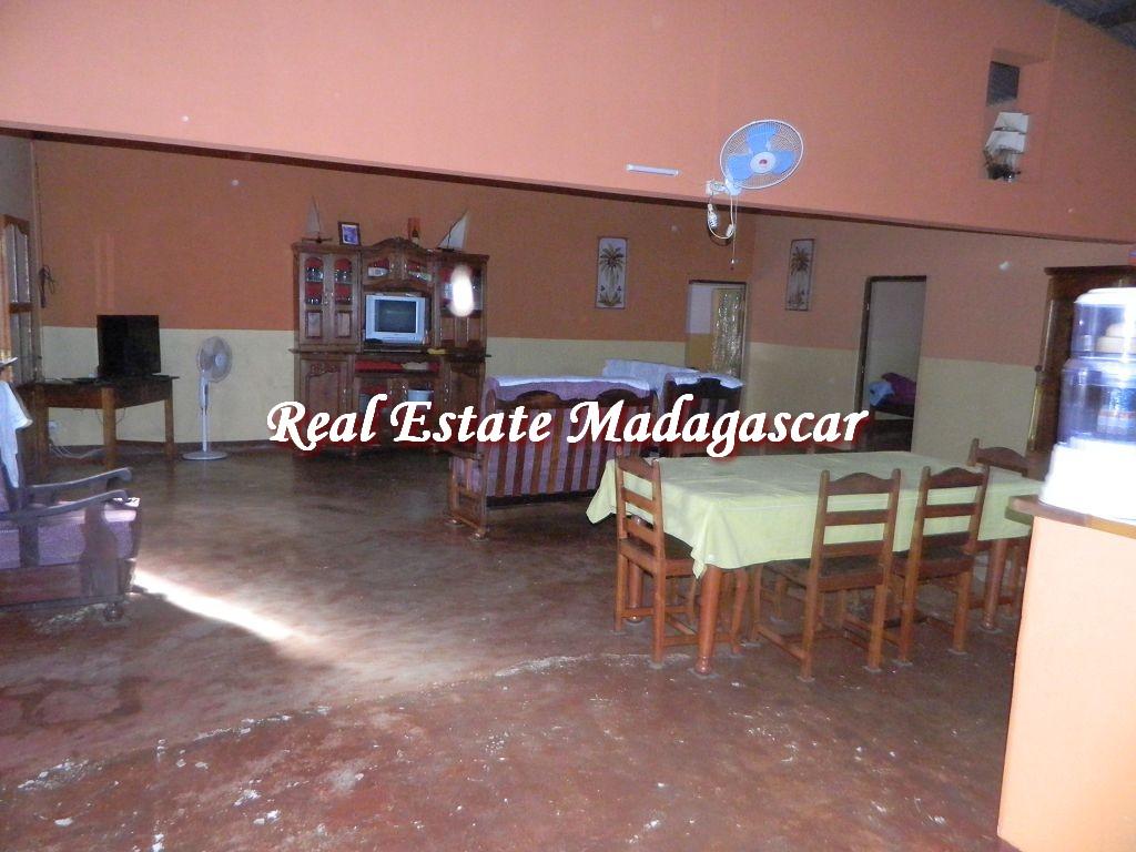 sale-villa-low-price-diego-5.jpg