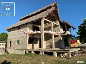 villa-for-sale-dzamandzar-nosybe-3.jpg