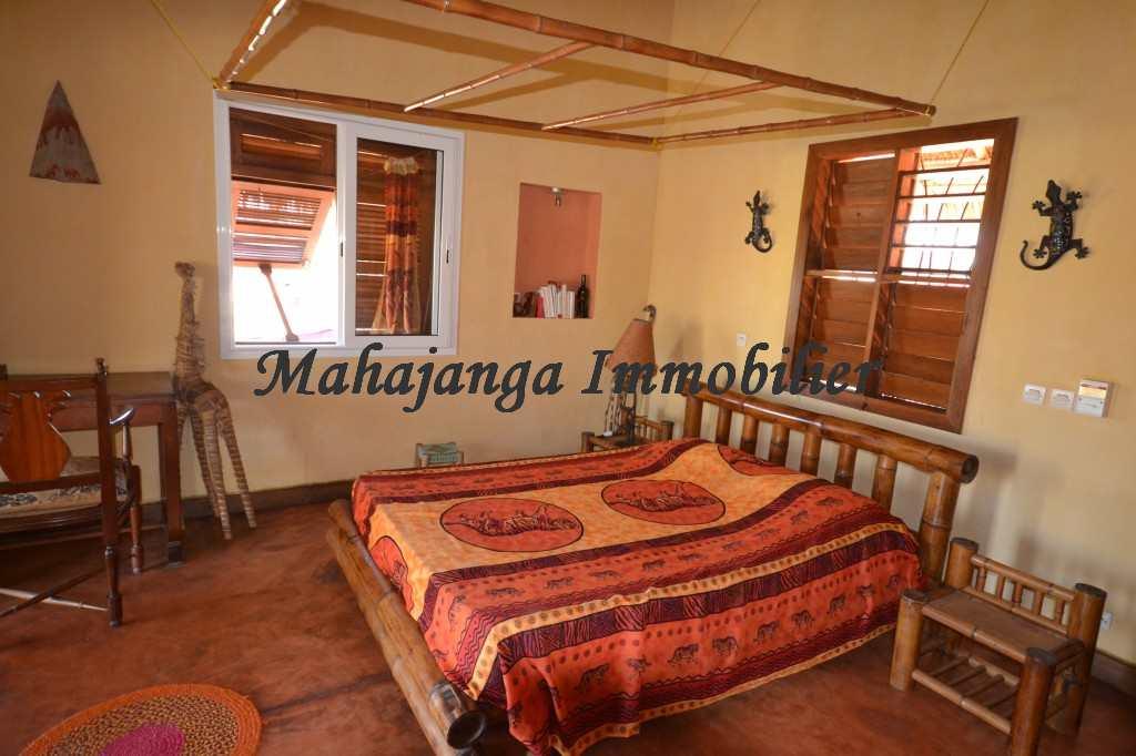 bungalow-for-rent-amborovy-maroala-3.jpg