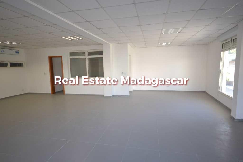 commercial-premise-ground-floor-new-building-2.jpg