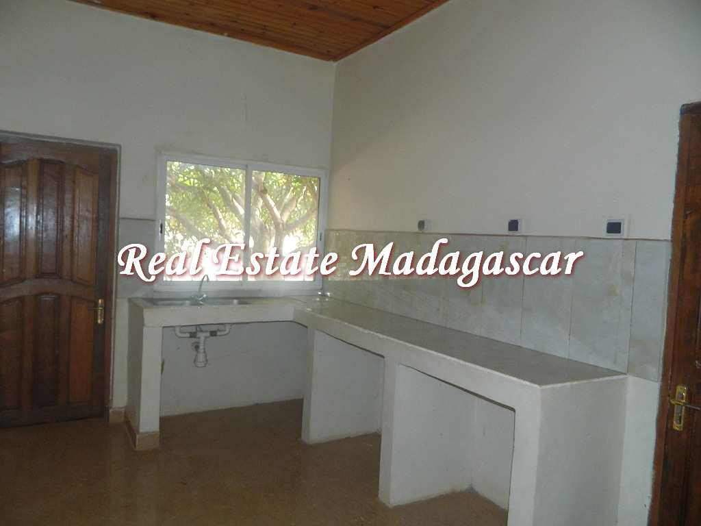 rental-villa-low-price-3.JPG