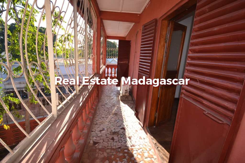 small-villa-in-perfect-condition-mahajanga-2.jpg