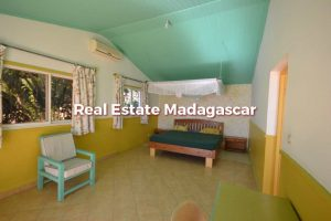 villa-for-seasonal-rent-mahajanga-3.jpg