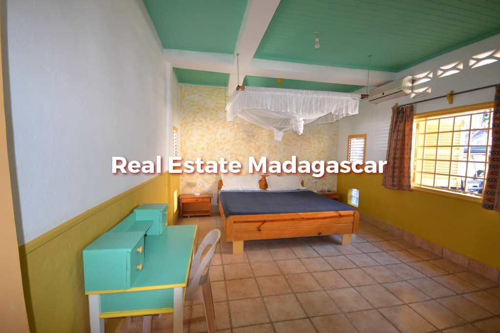 villa-for-seasonal-rent-mahajanga-4.jpg