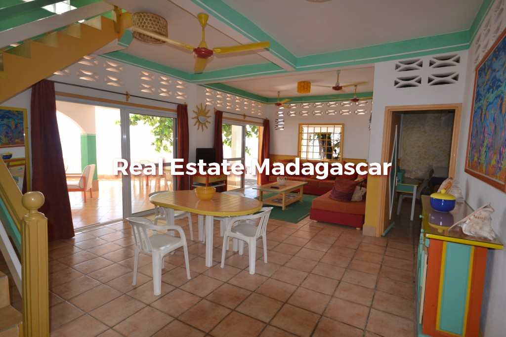 villa-for-seasonal-rent-mahajanga-6.jpg