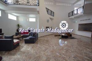 mahajanga-apartments-for-seasonal-rent-1.jpg