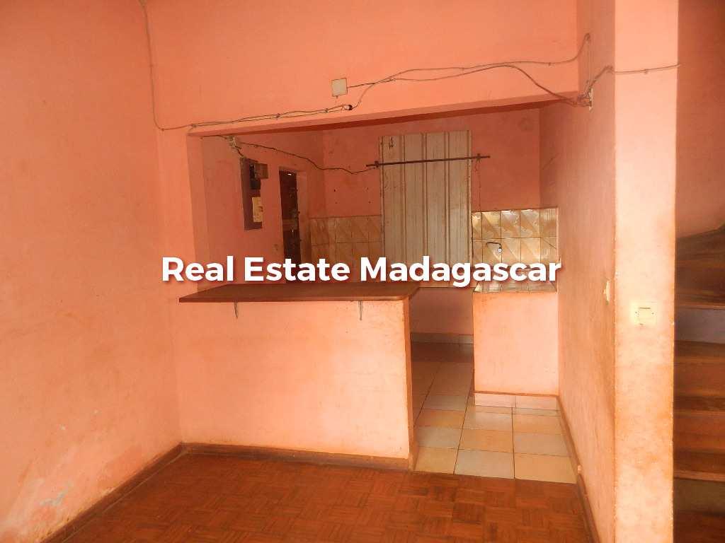 sale-house-low-price-diego-4.JPG