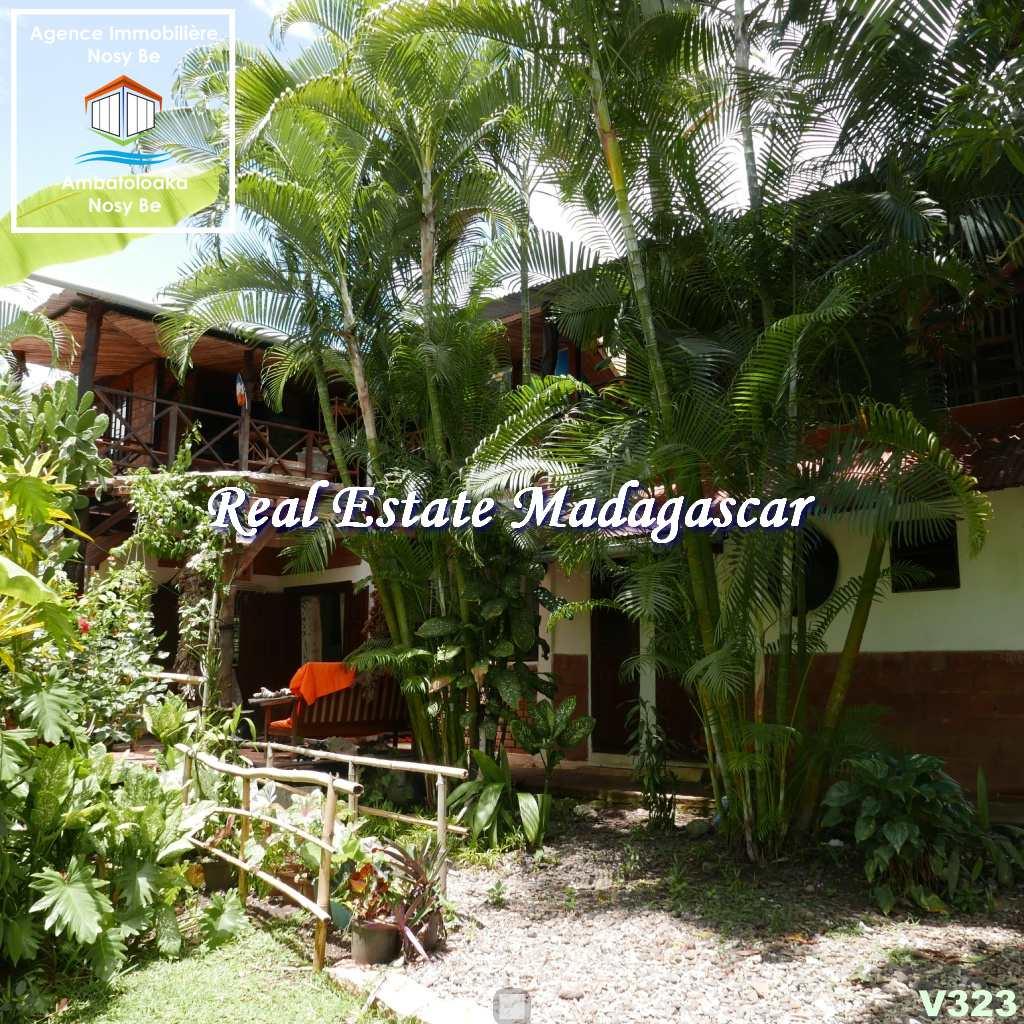 villas-for-sale-ambondrona-nosybe-1.jpg