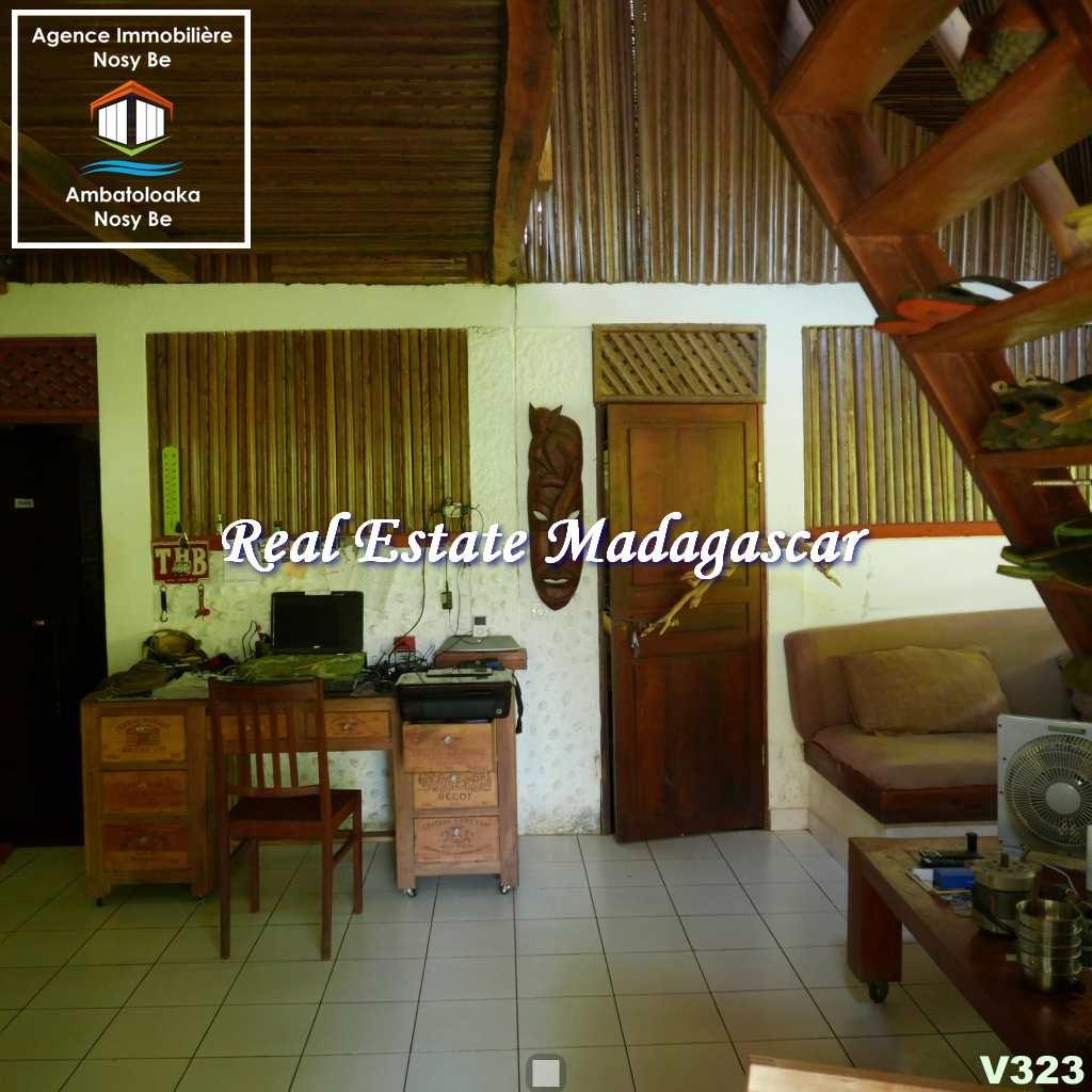 villas-for-sale-ambondrona-nosybe-2.jpg