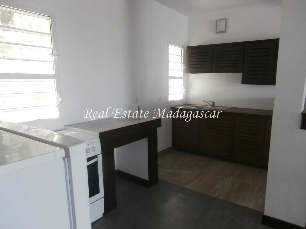 corniche-apartment-rental-mahajanga-2.jpg