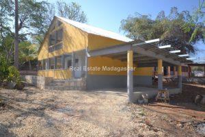 rent-mahajanga-amborovy-new-villas-1.jpg