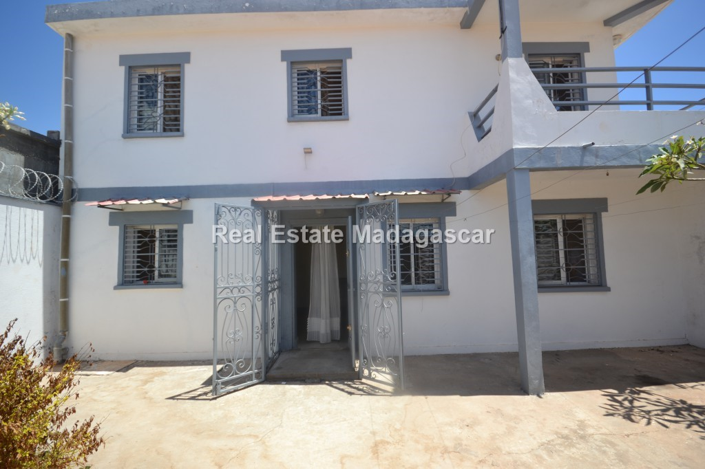 apartment-for-rent-mangarivotra-mahajanga-1.jpg