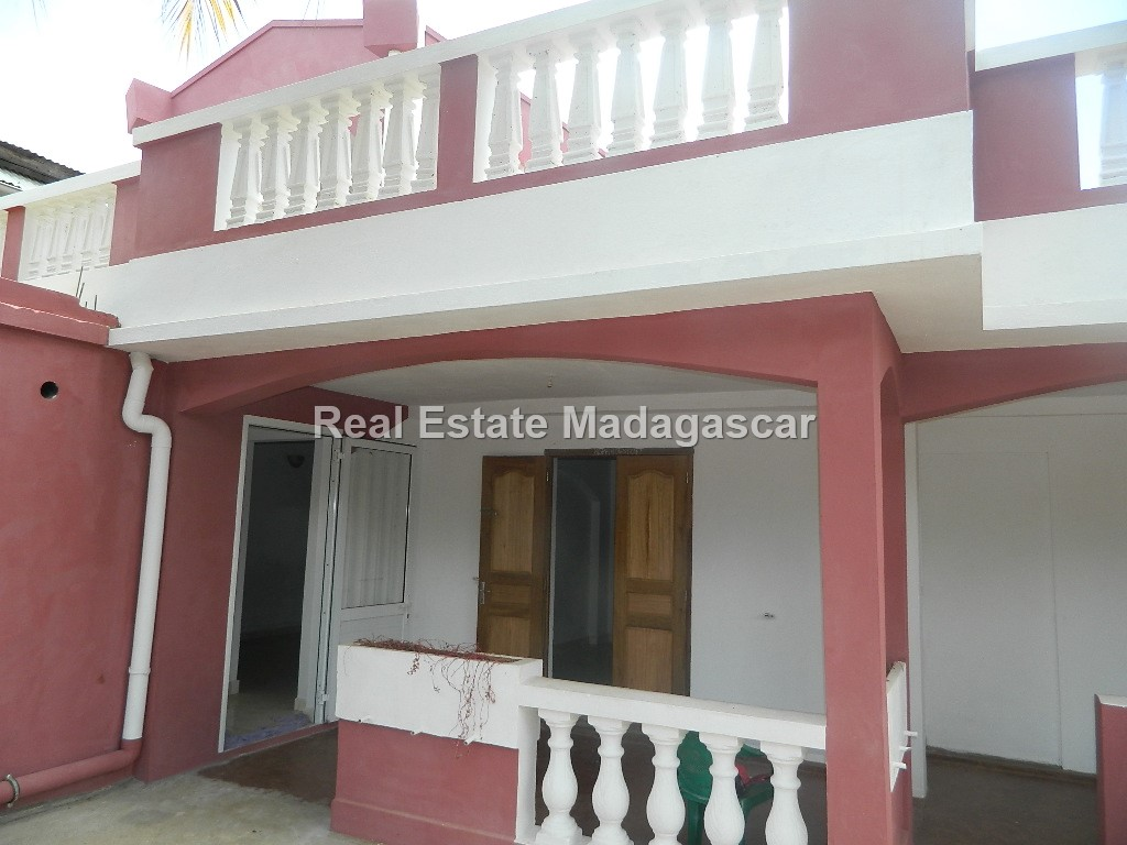 rent-two-apartments-scama-diego-1.JPG