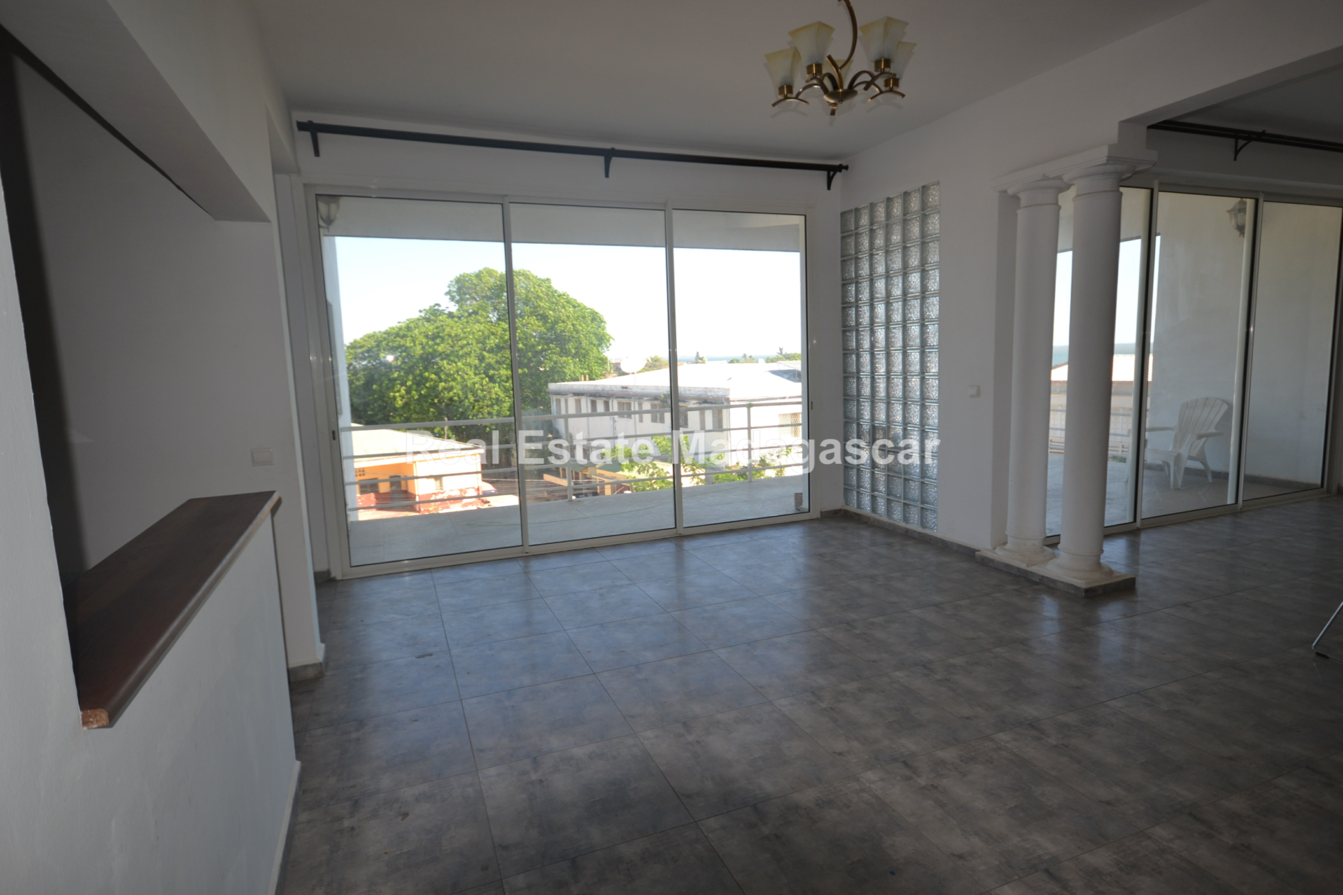 unfurnished-apartment-for-rent-1.jpg