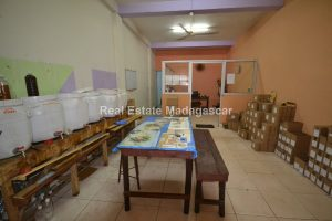 mahajanga-commercial-premises-for-rent-2.jpg