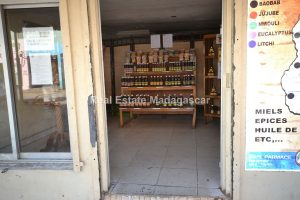 mahajanga-commercial-premises-for-rent-3.jpg
