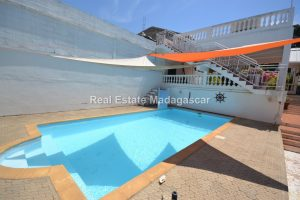 mahajanga-unfurnished-villa-for-sale-2.jpg
