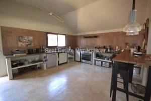 villa-for-sale-in-amborovy-4.jpg