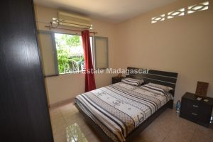 mahajanga-charming-villa-for-sale-3.jpg