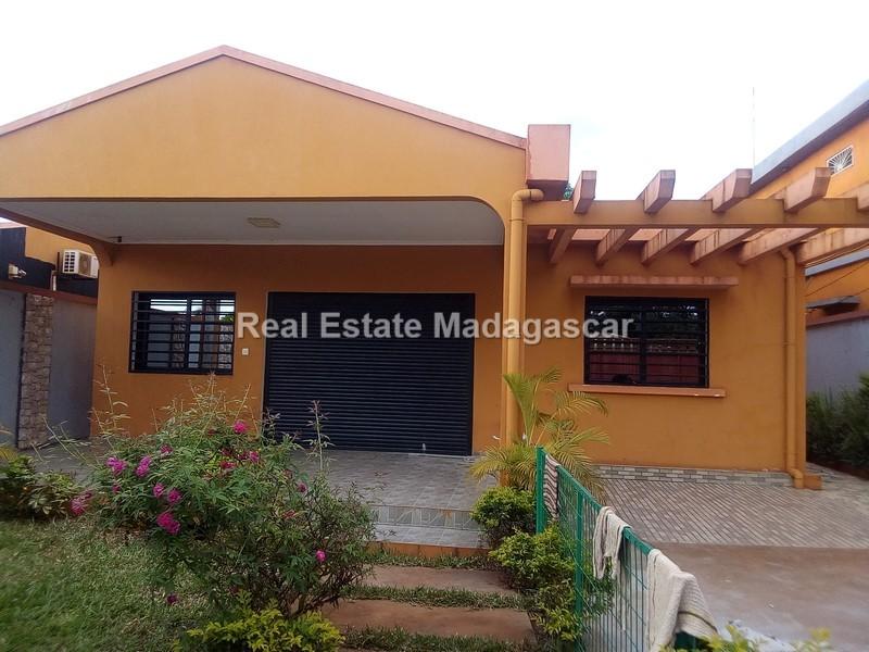 sale-new-villa-diego-suarez_170000.jpg