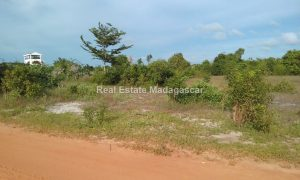 titled-bounded-land-for-sale_163728.jpg