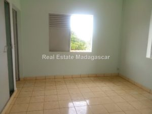 apartment-rental-diego-suarez-4.jpg