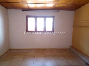 cite-btm-villa-rental-diego-suarez_090541.jpg