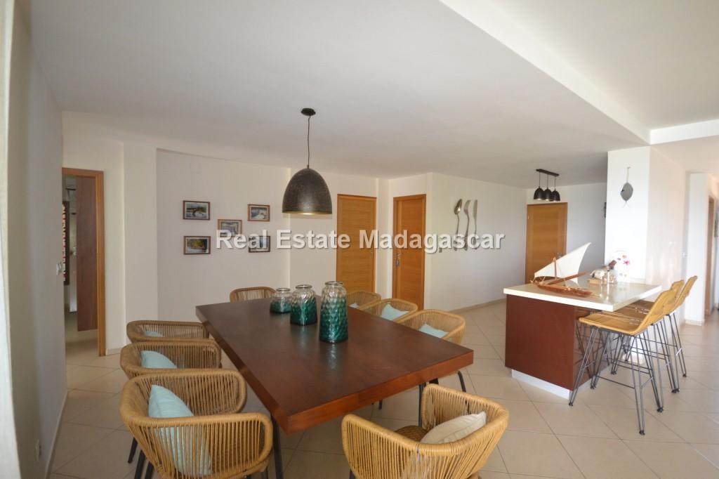 rental-four-room-apartment_0021.jpg