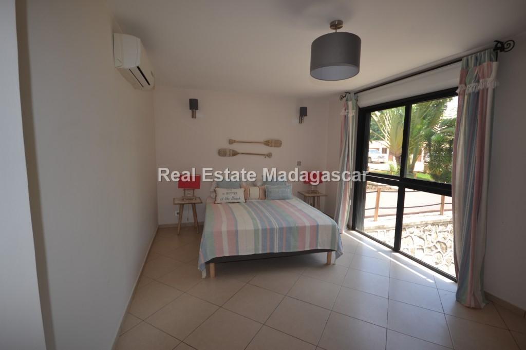 rental-four-room-apartment_0029.jpg