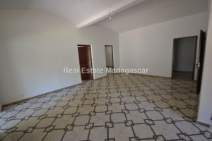 new-unfurnished-villa-for-rent_0003.jpg