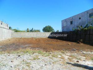 sale-land-three-hundred-square-meters.JPG