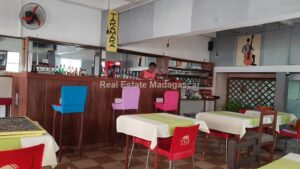 sale-bar-restaurant-diego-2.jpg